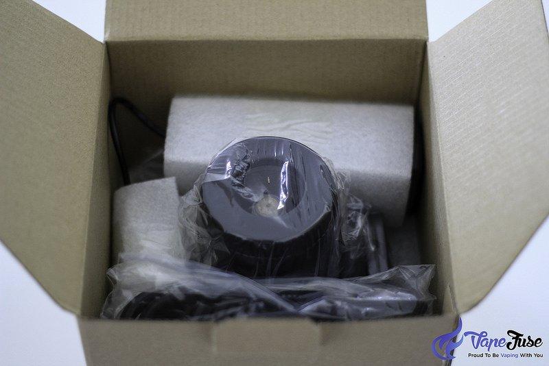 arizer-extreme-q-vaporizer-packaging