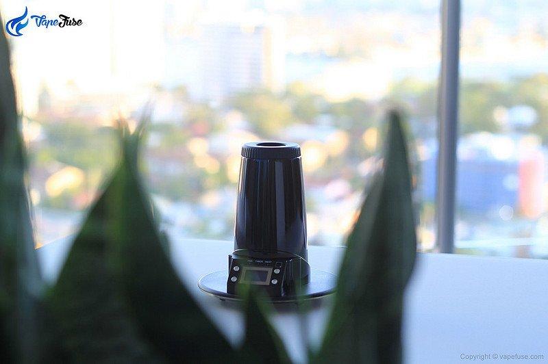 arizer-extreme-q-portable-vaporizer-heating-unit