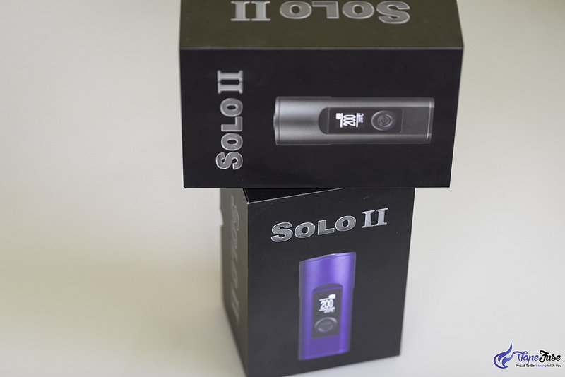 Arizer Solo II Portable Vaporizer in the Box