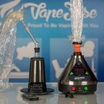 Battle of the Desktop Vapes: Arizer Extreme Q vs Volcano Digit Vaporizer