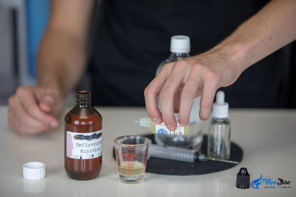 Making DIY e-Juice