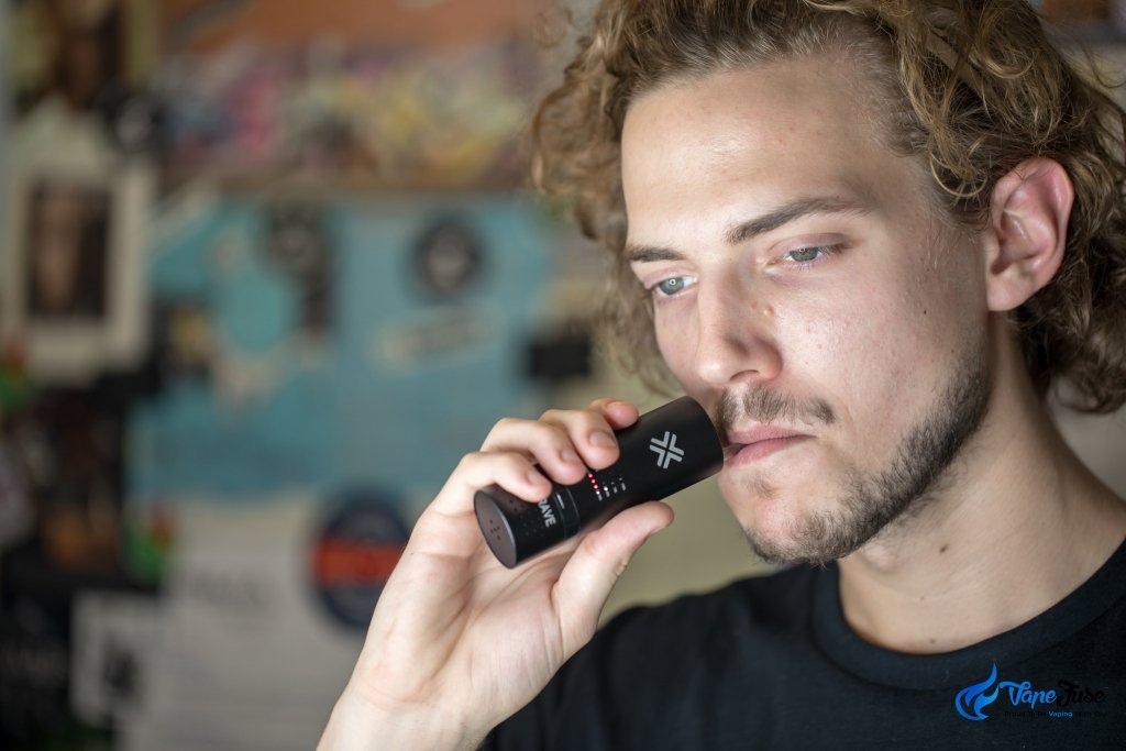 Crave Cloud Portable Vaporizer - in use