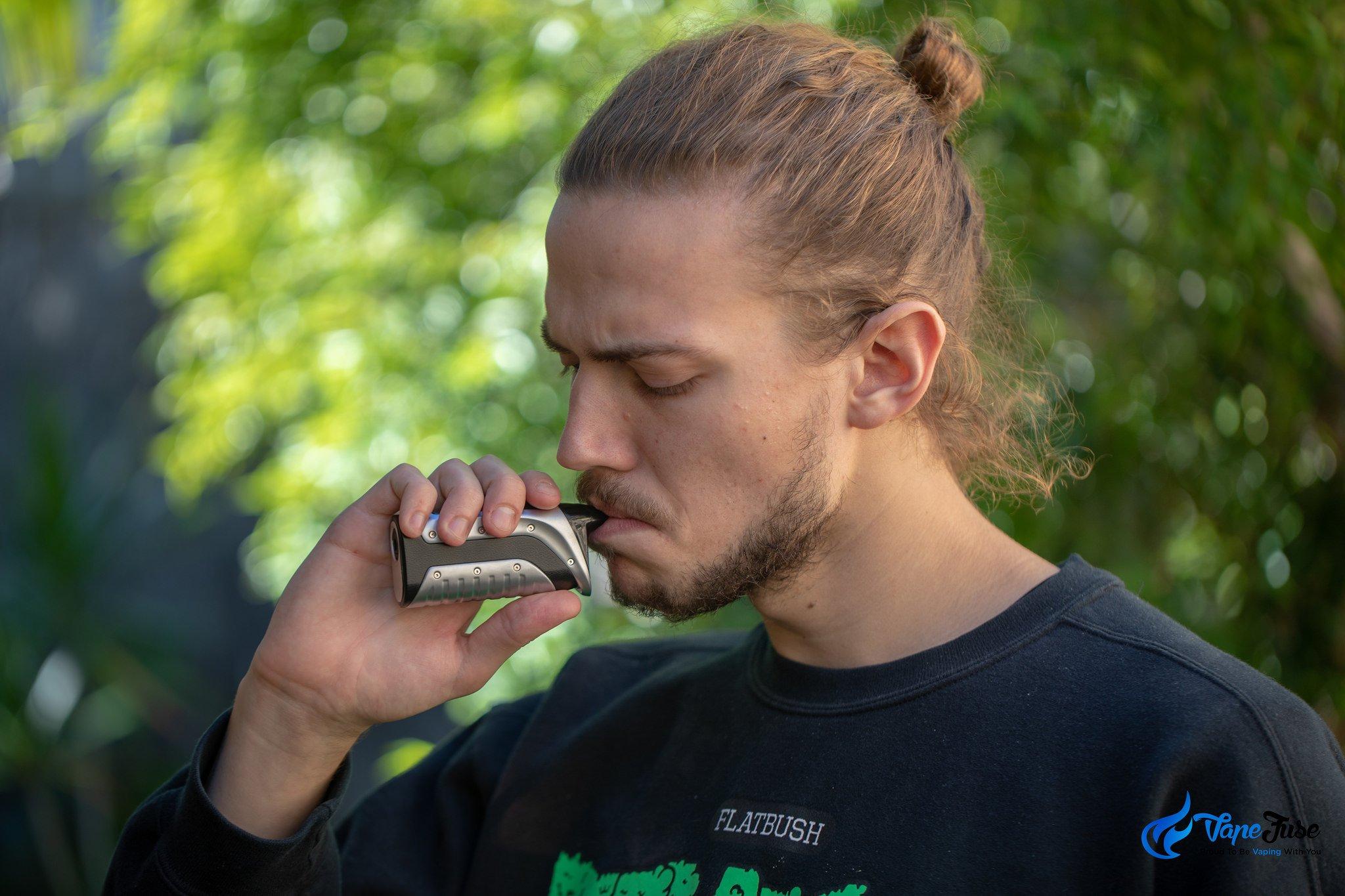 Crave Onix Portable Herb Vape
