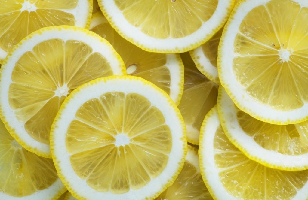 Lemon slices - Limonene (Citrus)